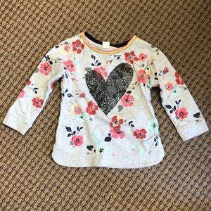 GAP 3T heart shirt. Great condition!